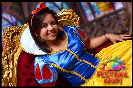 Mascotte deguisement mickey disney reims troyes charleville meziere laon saint quentin - La princesse blanche neige ...